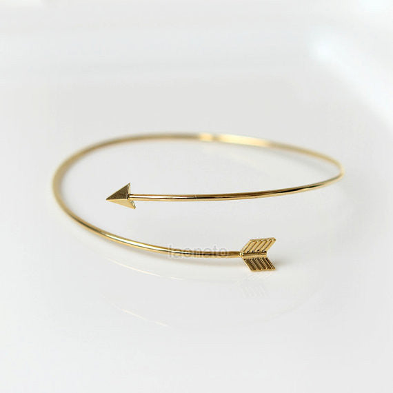 Thin Arrow Bracelet / arrow bangle