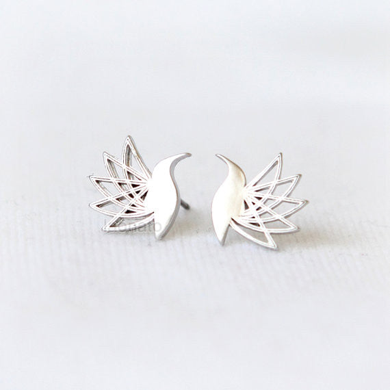 Flying Hummingbird Earrings/ bird earrings, hummingbird studs