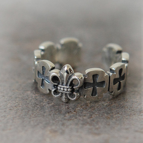 RN002 Antique Symbol Ring in sterling silver