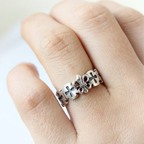 Tiny Cross Ring in sterling silver