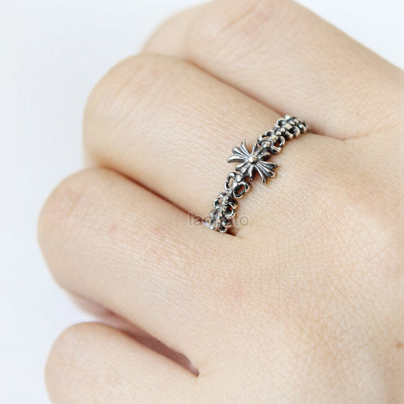 RN003 Antique Symbol Ring in sterling silver