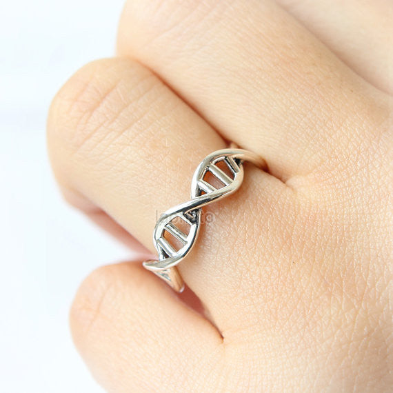 DNA Ring in 925 sterling silver