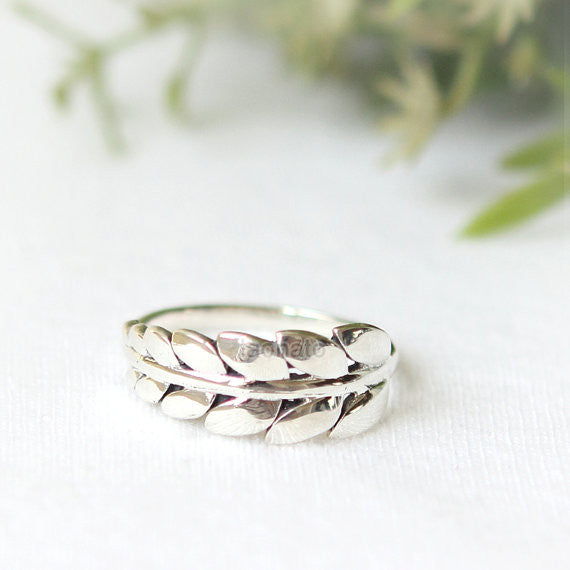N002 Leaf ring in sterling silver