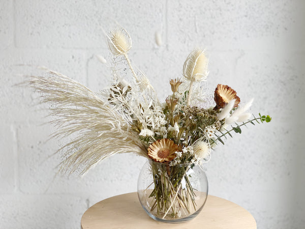 Medium Dried Flower Arrangement