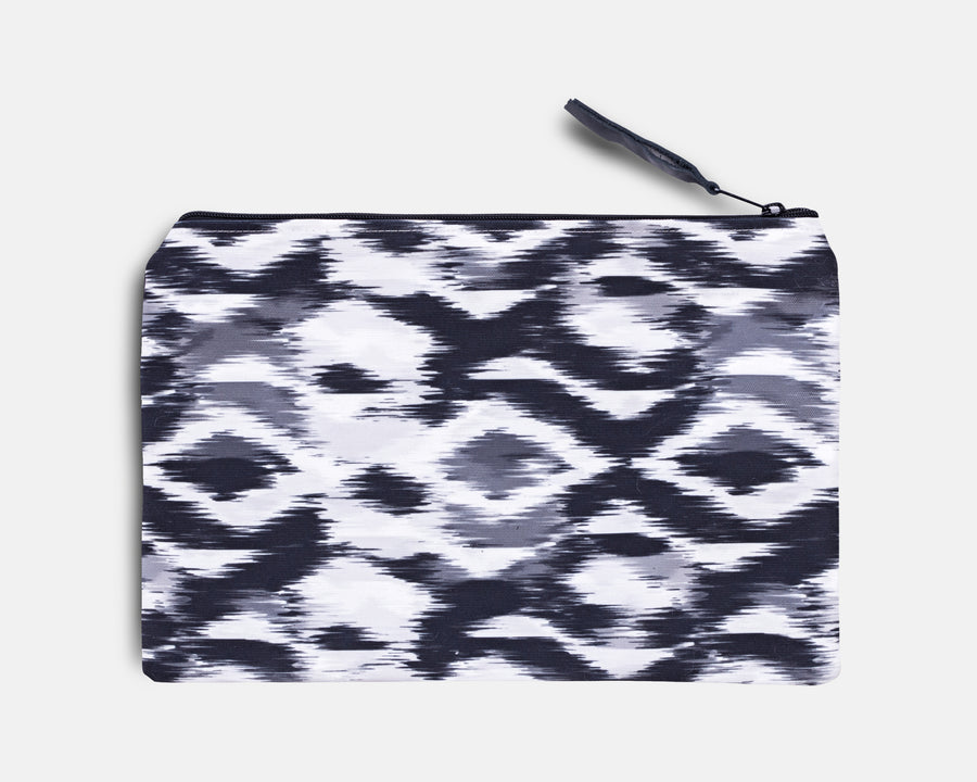 Canvas Workout Pouch - Blurred Ikat Print