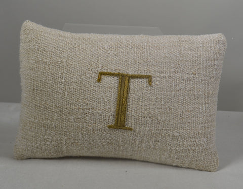 "Initial Pillow ""T"""