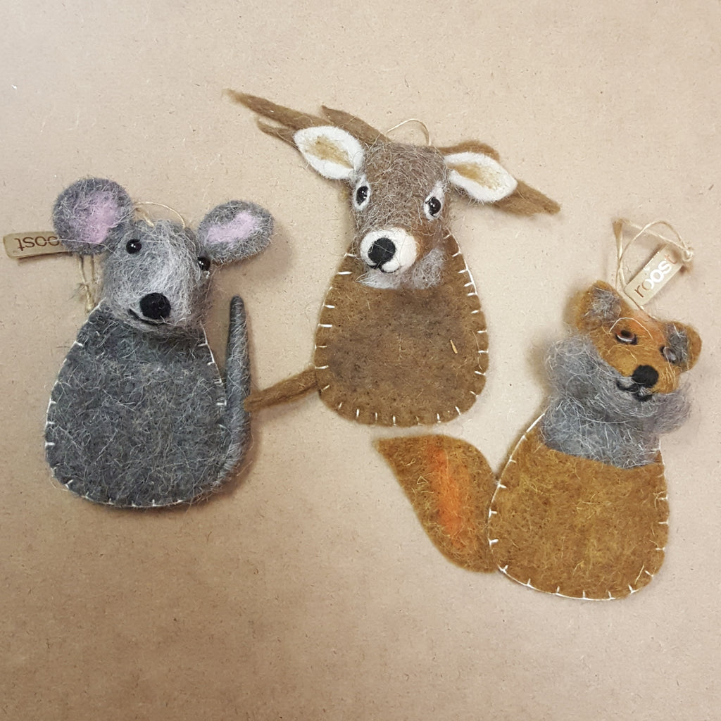 Roost - Wooly Wildlife Pouch Ornament