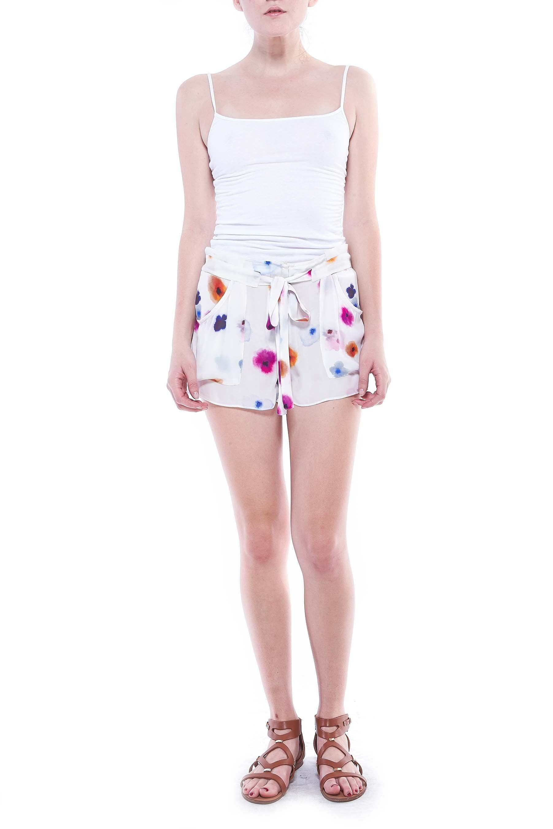 P369 HAZEL SHORTS WITH POCKETS POSEY PRINT