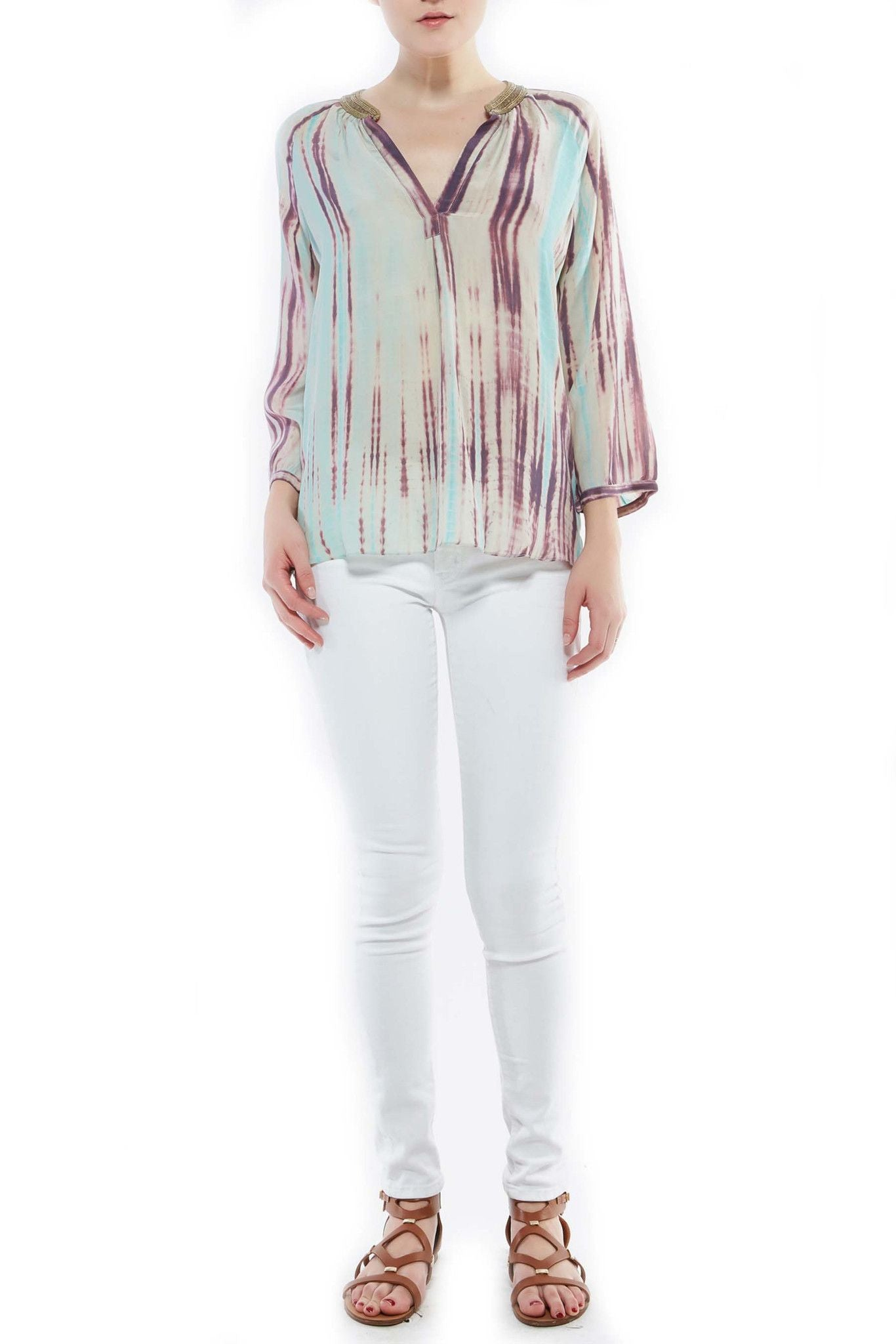 T203E GREYSON QUARTER BUBBLE SLEEVE W/ EMBROIDERY WATERFALL