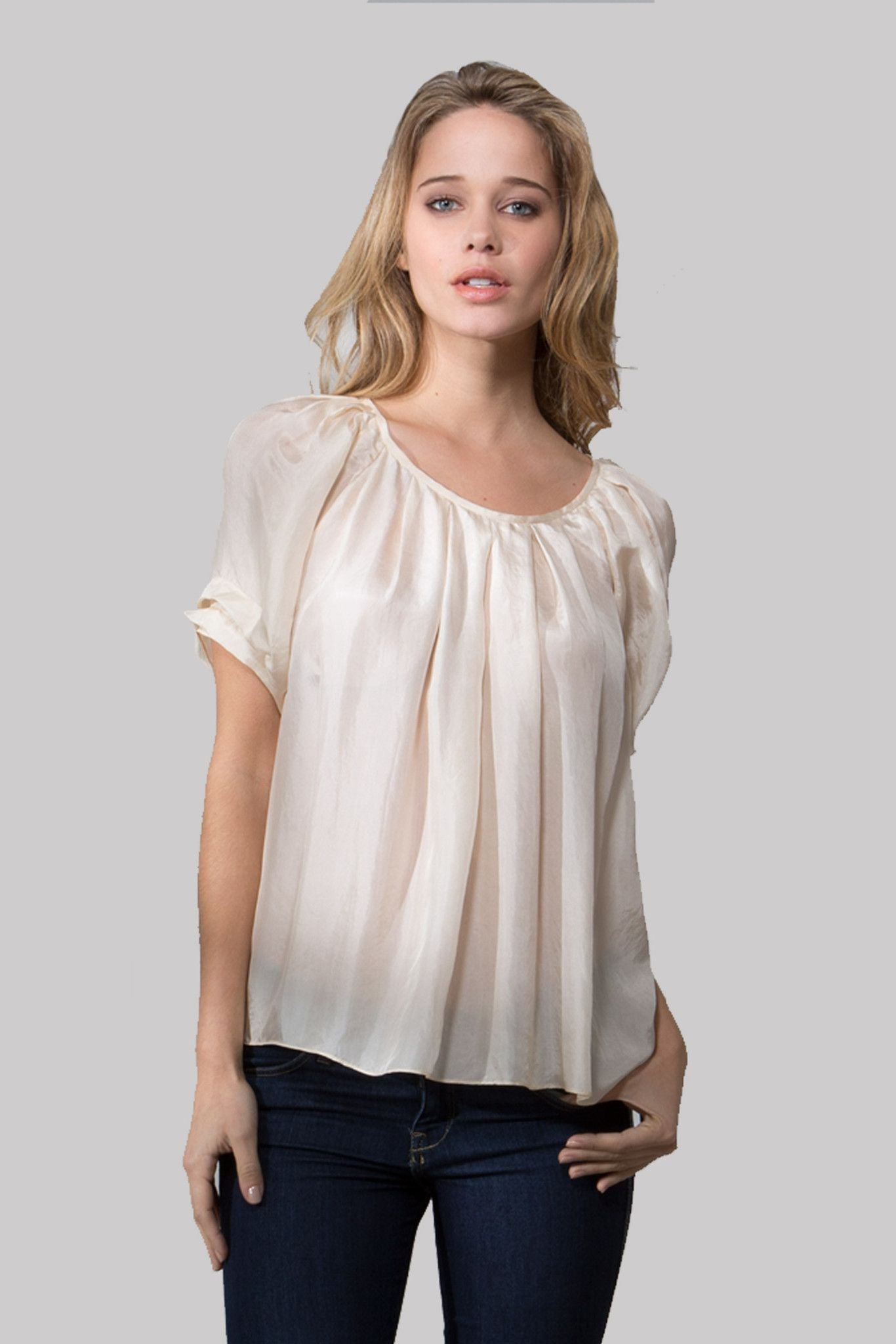 T136 SOLID BLOUSE IN HABAUTI MARSHMALLOW