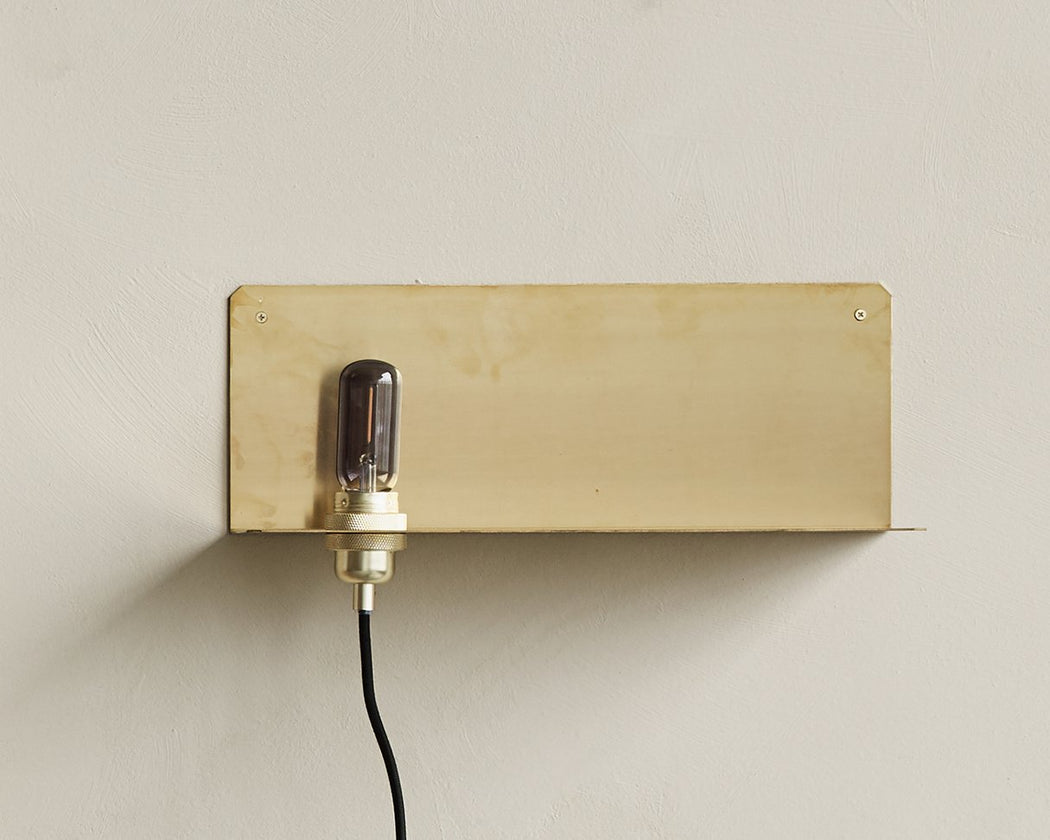 90° Wall Light | Brass - Tea and Kate