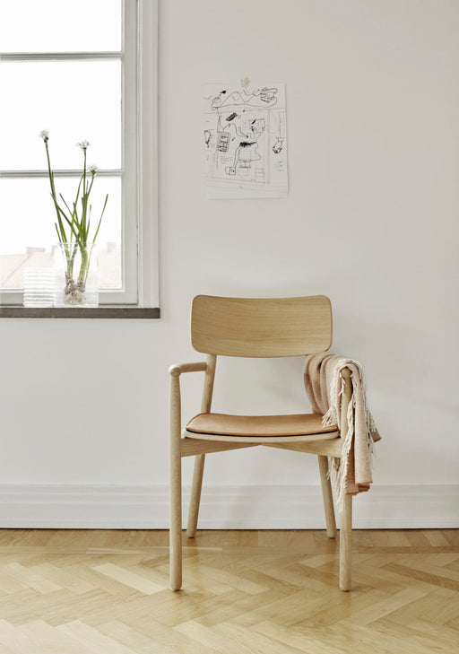 HVEN ARMCHAIR - Tea and Kate