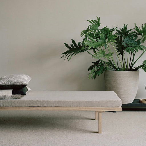 KR180 | Daybed - Tea and Kate