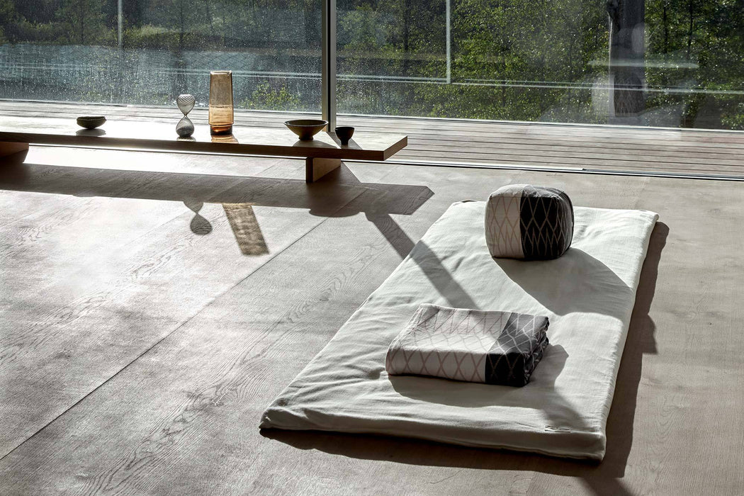 MEDITATION MATTRESS DARK GREY - Tea and Kate