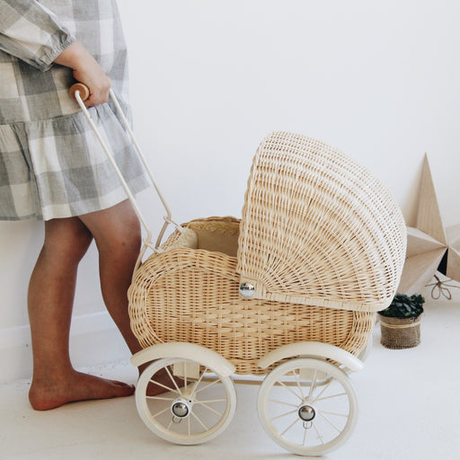 Vintage style 1950s cream wicker dolls pram