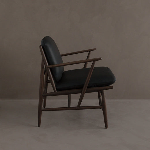 Von Armchair - Walnut/Black Leather