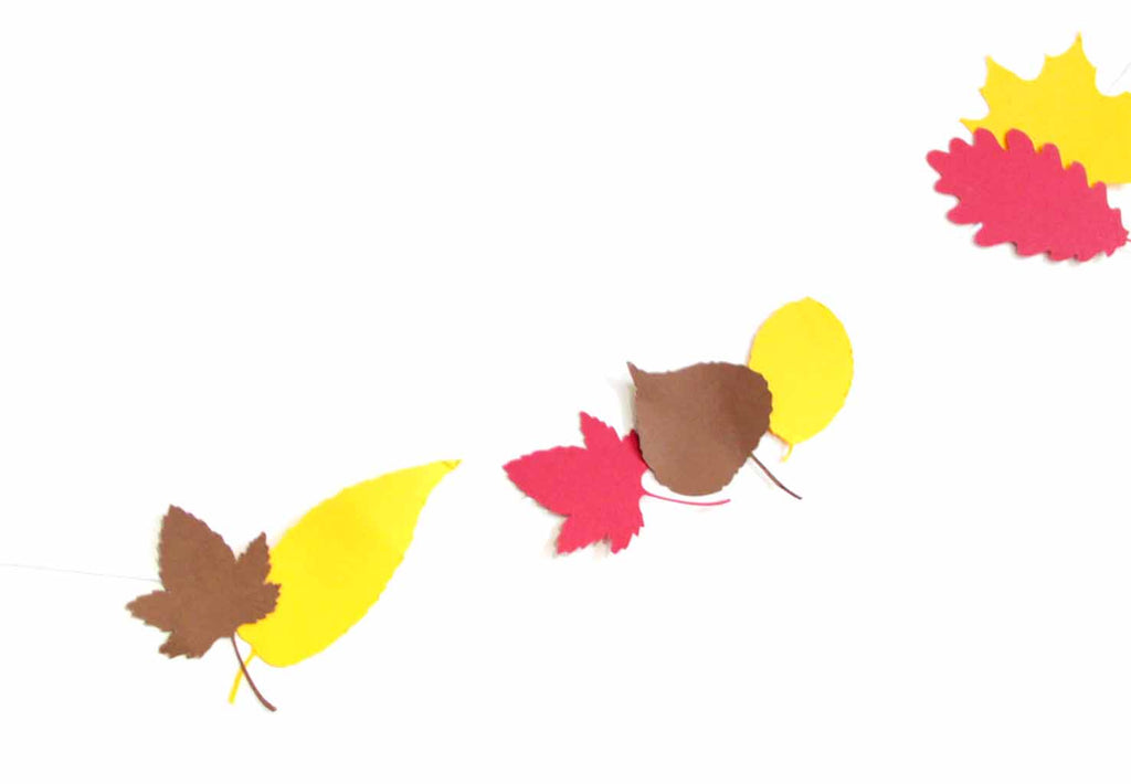 London Craft Club printable free downloadable Autumn Leaf Garland by Utensils0