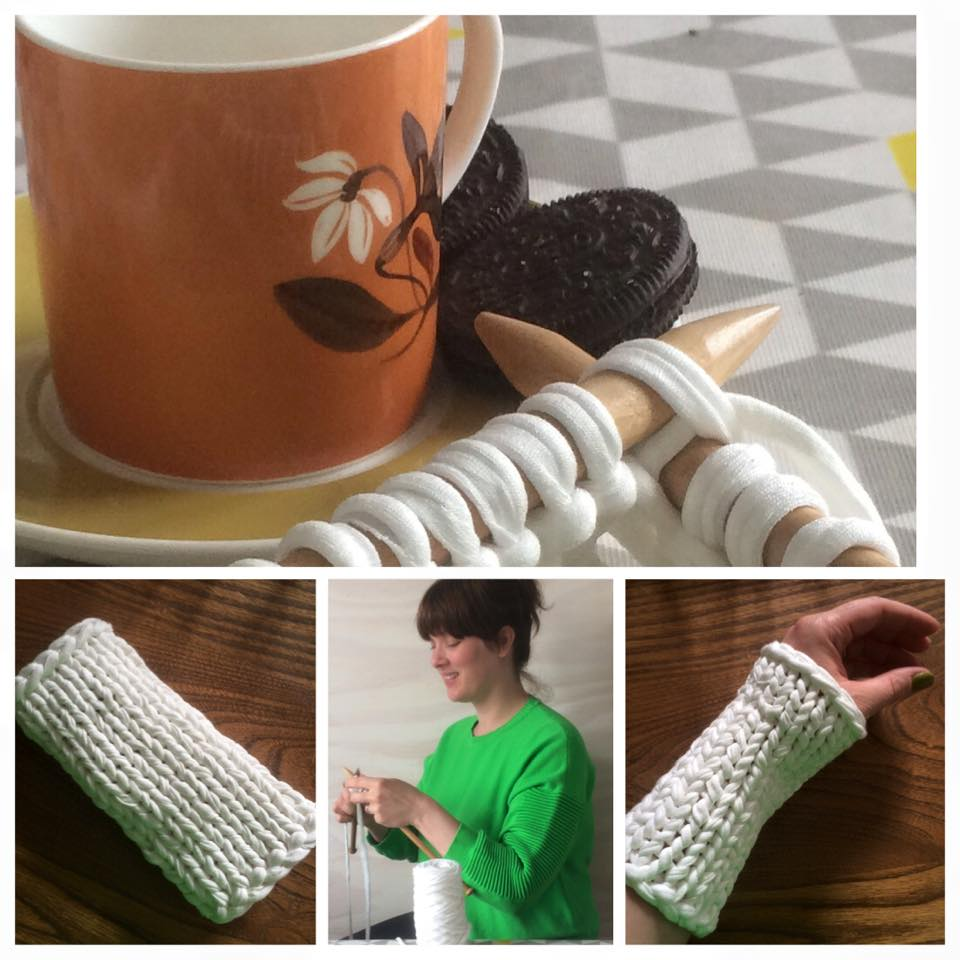 Knitting with biscuits