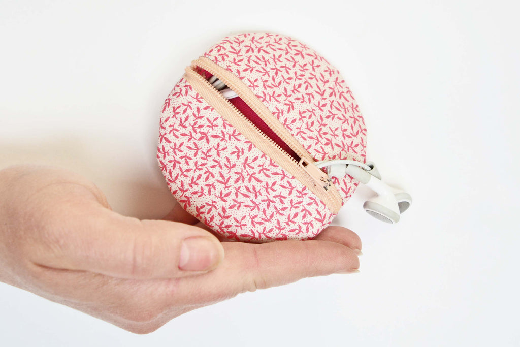 Learn the art of hand sewing and make lovely, small stylish craft project with London Craft Club
