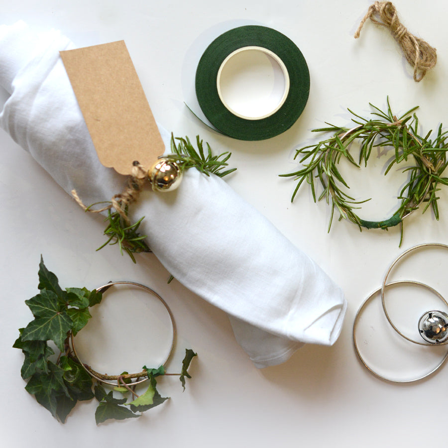 London Craft Club has been trying out a thrifty DIY foraged Christmas to see how the foliage trend works at Yuletide