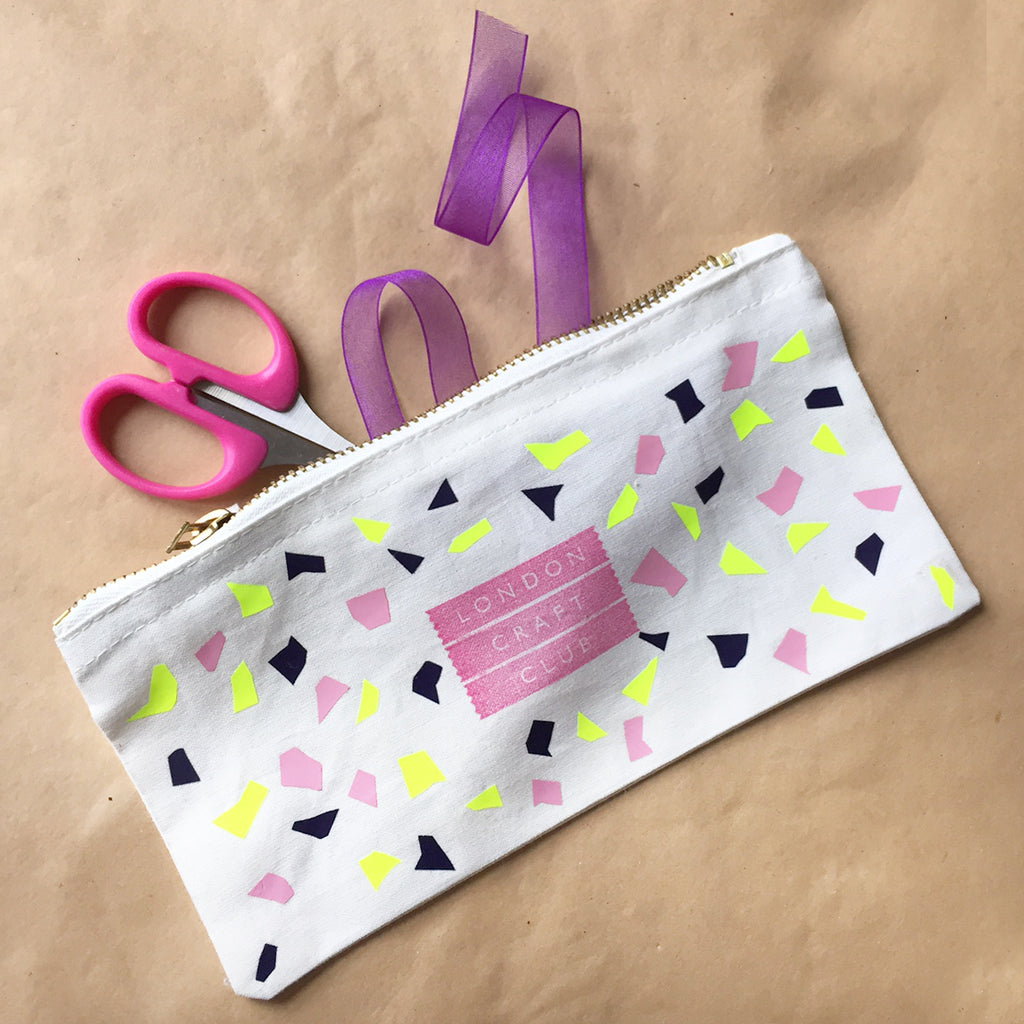 Terazzo fabric hack for craft DIY afternoons - make a terazzo pattern purse