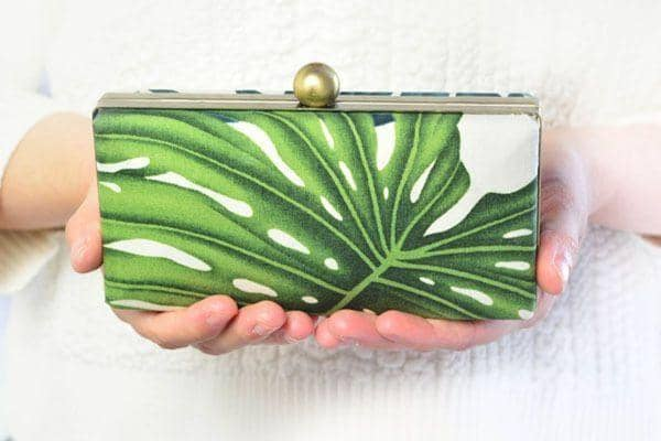 Create a Gorgeous Party Clutch