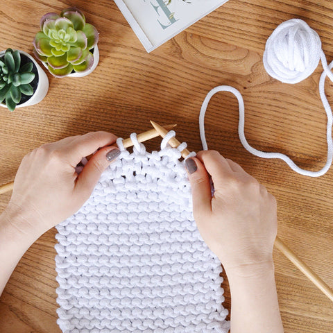 Anyone can Knit a Bag