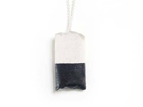 Cast your own Concrete Jewellery
