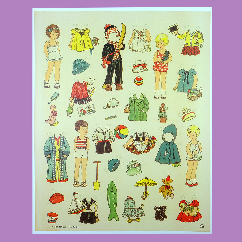 Vintage winter paper doll - Summer Made