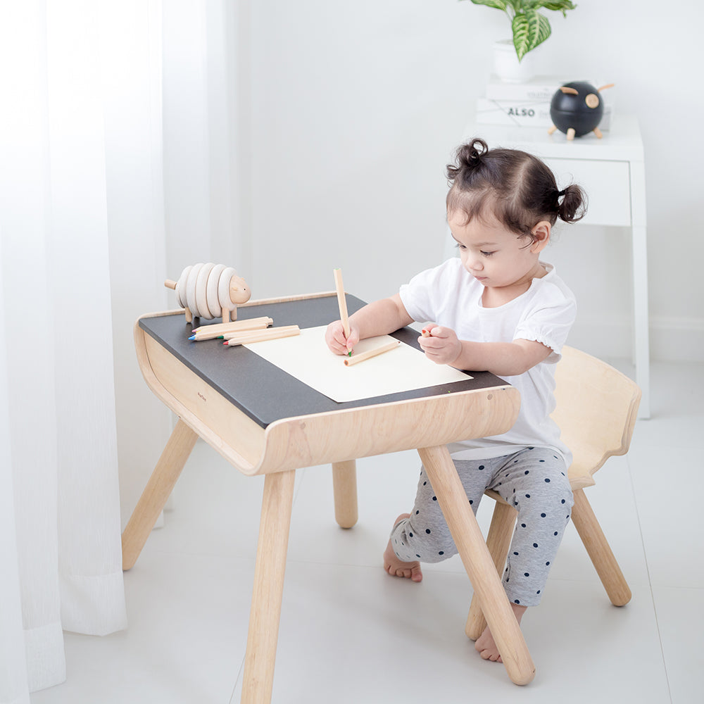 Kid table and chair Set (PRE-ORDER)