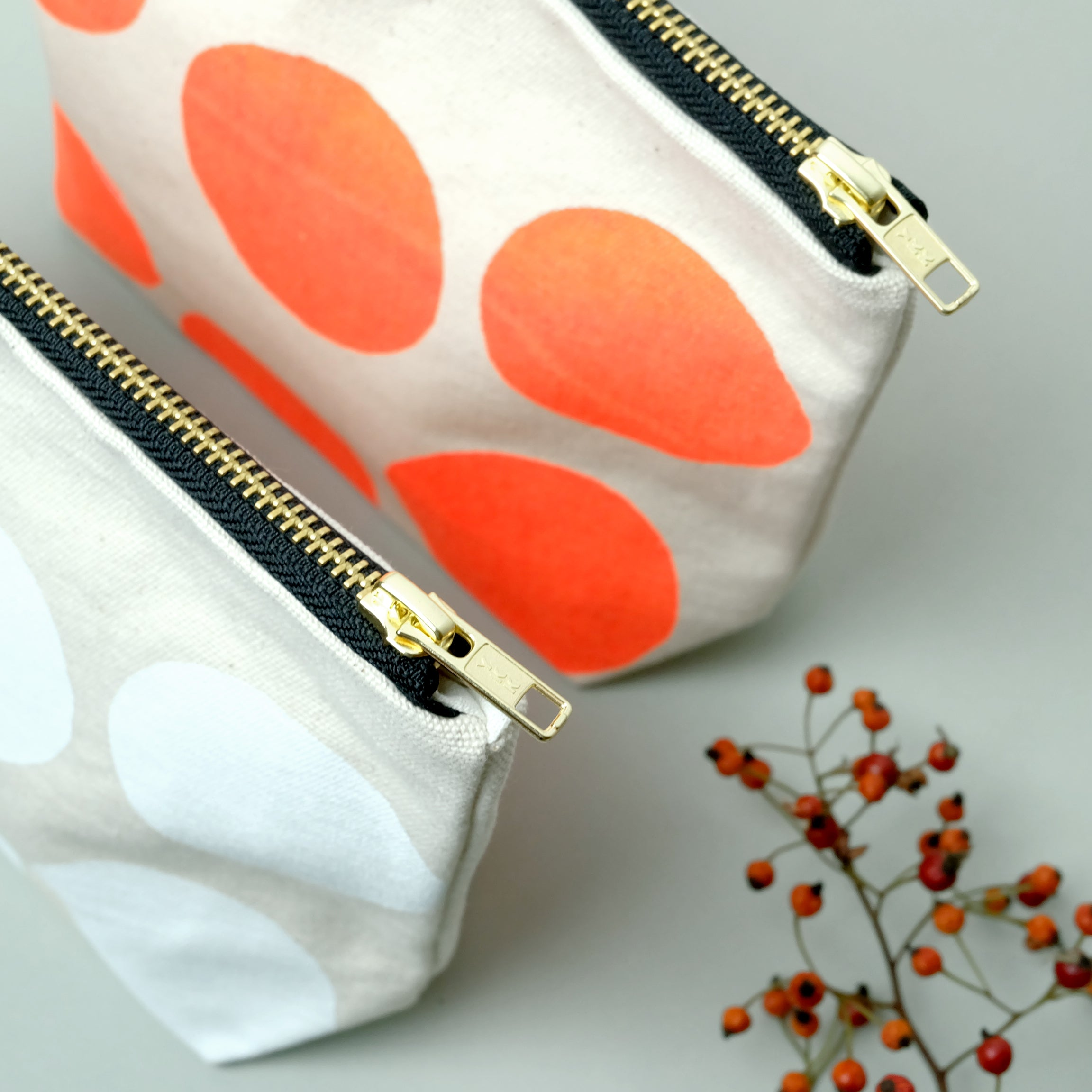 Big polka dot canvas pouch - Summer Made