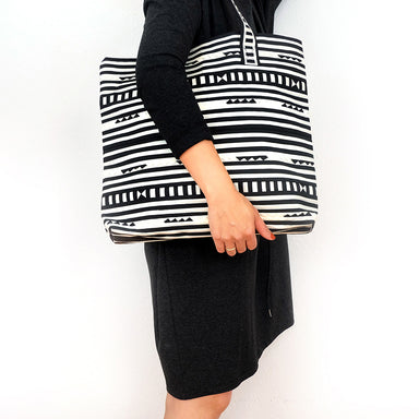 Tribal hand quilted tote bag - Summer Made