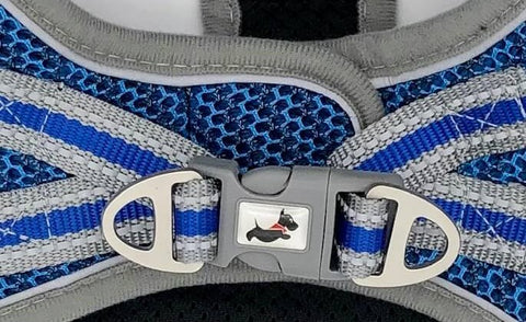 Step-in Strider Dog Harness - Close up Buckle