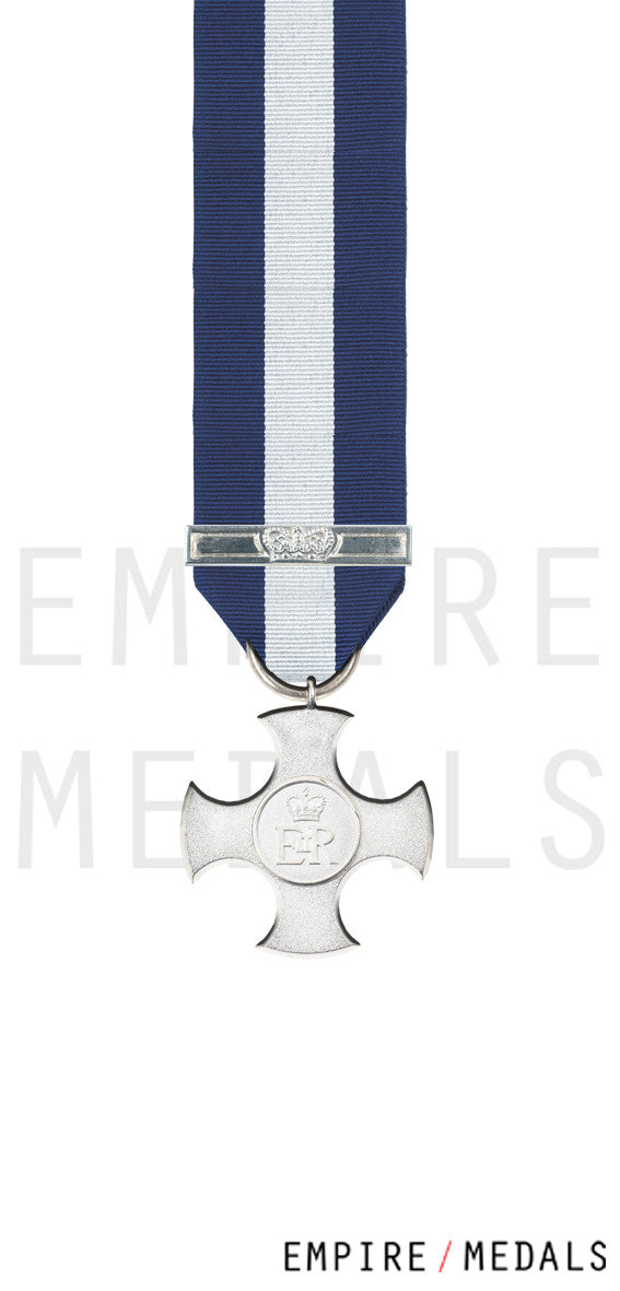 Distinguished-Service-Cross-EIIR-Miniature-Medal