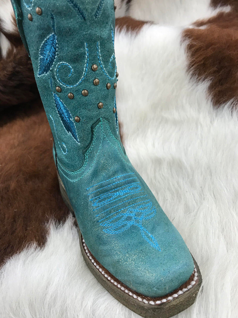 E1261 Turquoise Feathers Embroidery & Studs Kids Boots