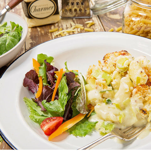 Macaroni Cheese with Leeks & Cauliflower (V)
