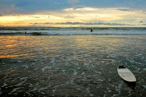 tamarindo-costa-rica-surf-sunset