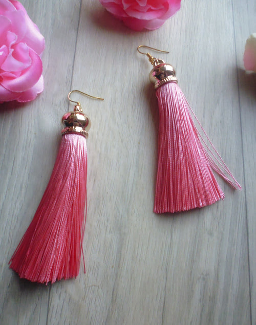 Poison Ivy Tassel Earrings - Blush Pink