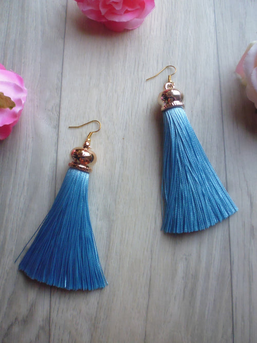 Poison Ivy Tassel Earrings - Sky Blue