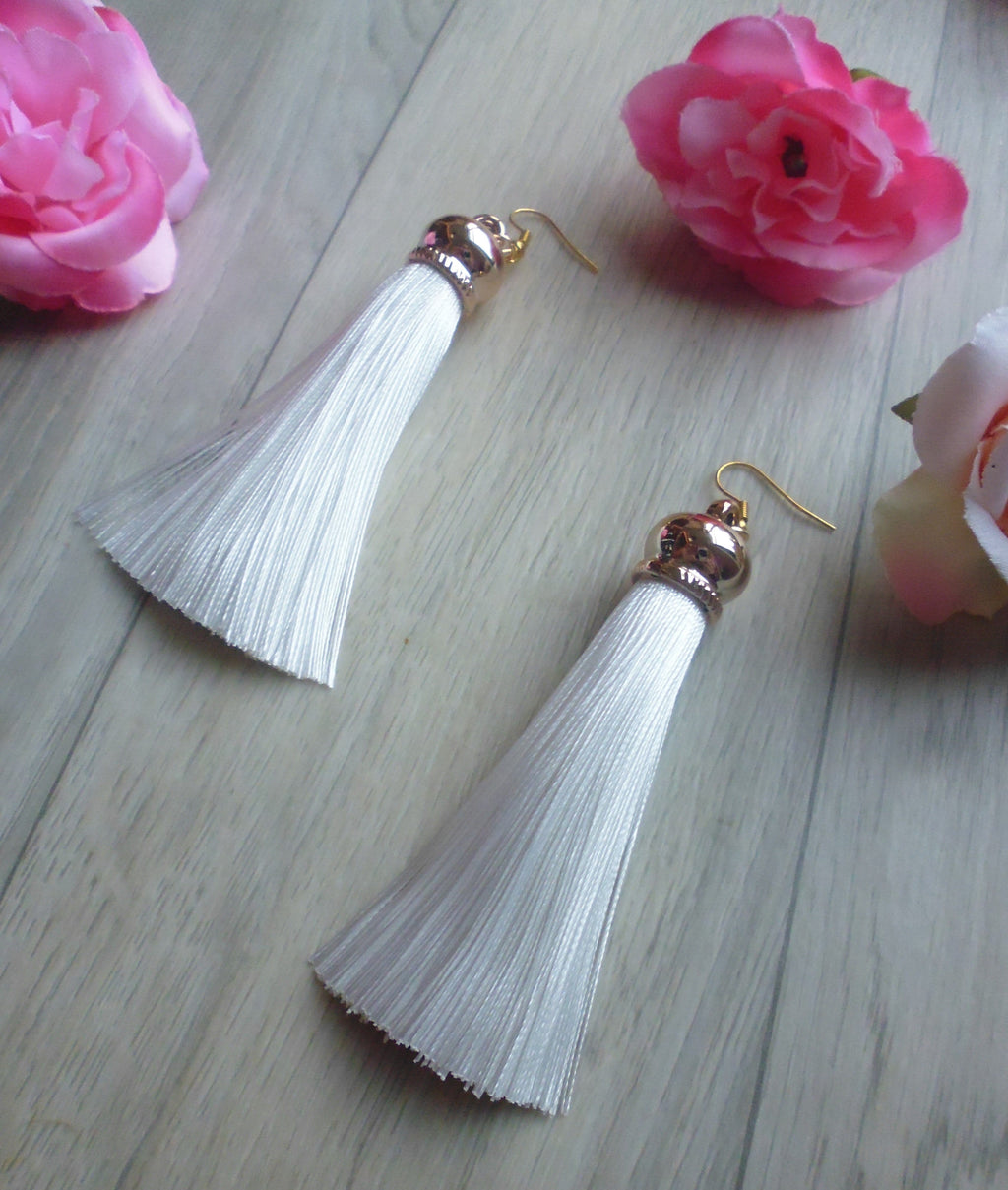Poison Ivy Tassel Earrings - White