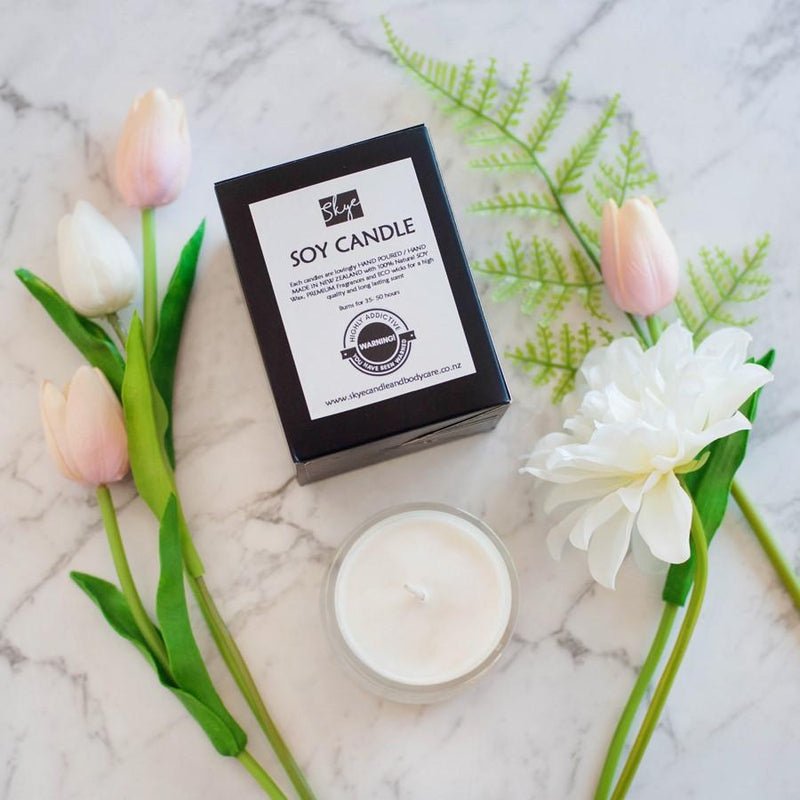 Scented soy candle | French Kiss Boutique