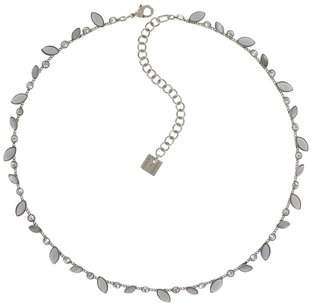 necklace Dance with Navette white shiny silver