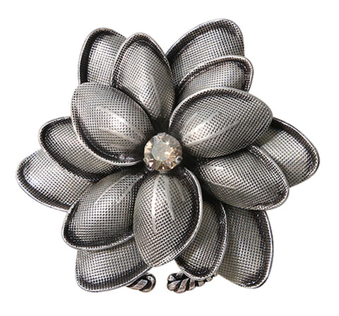 ring Blossoms of the Past beige antique silver