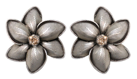 earring stud Blossoms of the Past beige antique silver