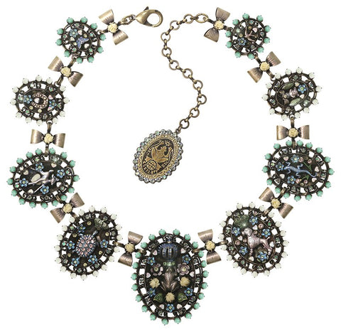 necklace collier Arsenic in Old Lace light pastel multi antique brass