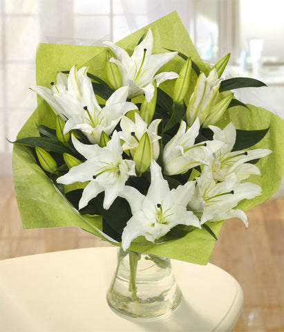 A white lily hand tied