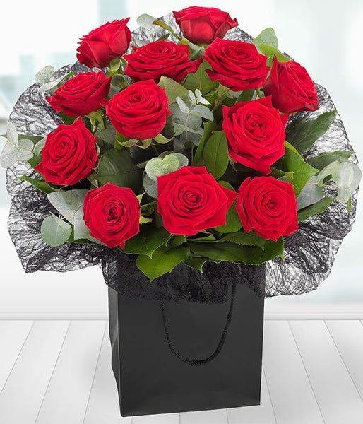 Aqua Pack - A Dozen Red Roses Gift Bag