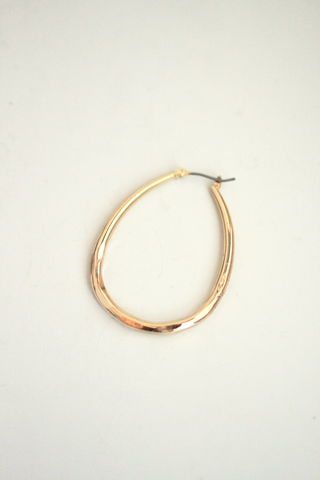 Simple Hoop Earrings - Gold
