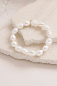 Lucille Pearl Stretch Bracelet