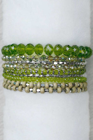 REVAMPED PRELAYERED CRYSTAL MAGNETIC & STRETCH STATEMENT BRACELET - PERIDOT GREEN